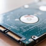PC選びの重要ポイント!HDDとSSDの違いを徹底解説