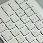 """ノートパソコンでの作業が""""至極""""快適になる外付けキーボード"""
